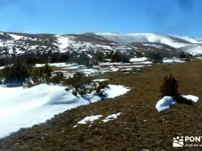 Valdebecerril - Pueblos Negros; viajes a medida; andar rápido;pirineo navarro